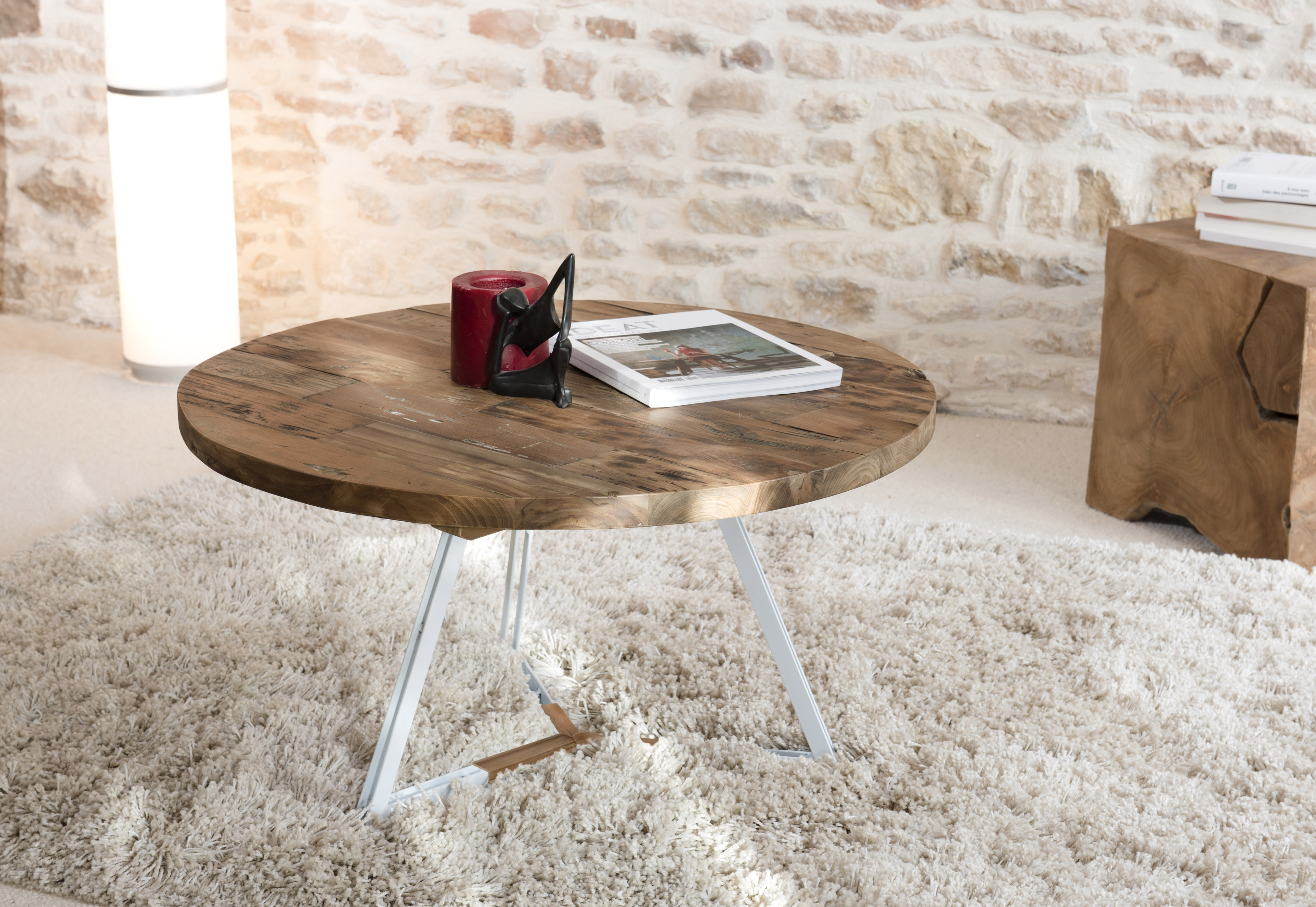 Inspirant table de salon mis en place hht5 appareils de for Table basse ronde blanche et bois