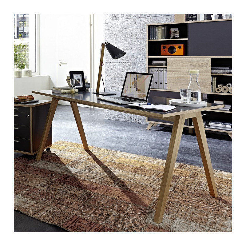 bureau gris avec plateau 160 x 80cm et pieds bois massif. Black Bedroom Furniture Sets. Home Design Ideas